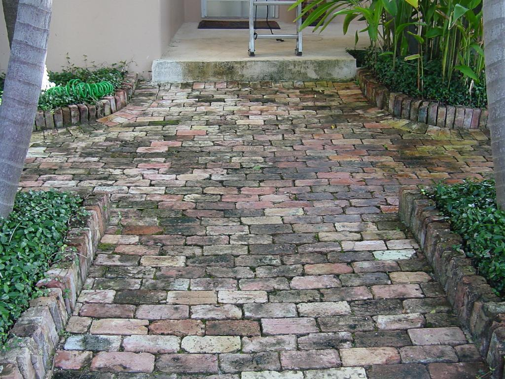Driveway Pressure Cleaning From Pressure Cleaning West Palm Beach In West Palm Beach Fl 33405