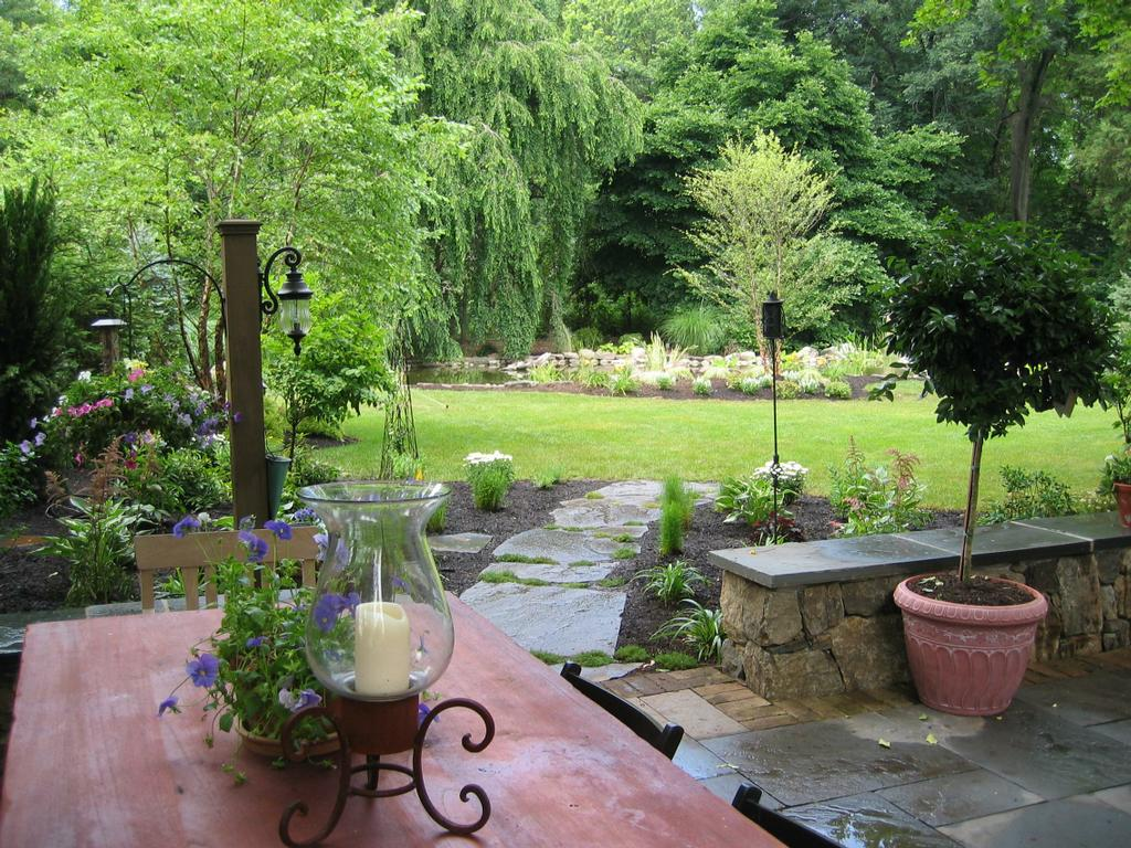 Nj landscape design with bluestone patio and natural stone for Natural landscape design
