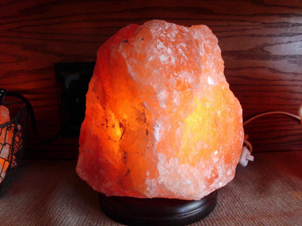 Salt Lamps Etc - Lancaster NY 14086 716-564-9286