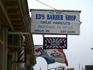 Dicks Barber Shop in Riverside, RI