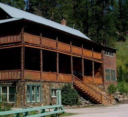 Hisega Lodge Bed & Breakfast - Rapid City, SD