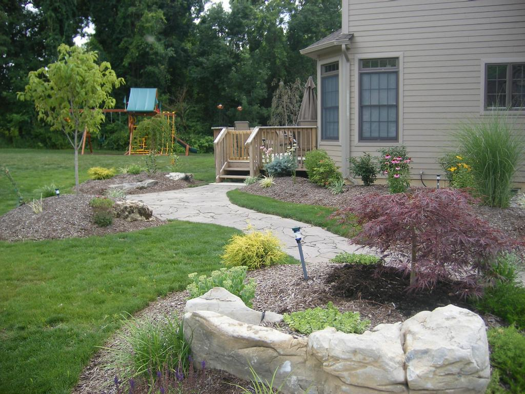 Hurtt brothers tree service natural landscape design llc for Natural landscape design