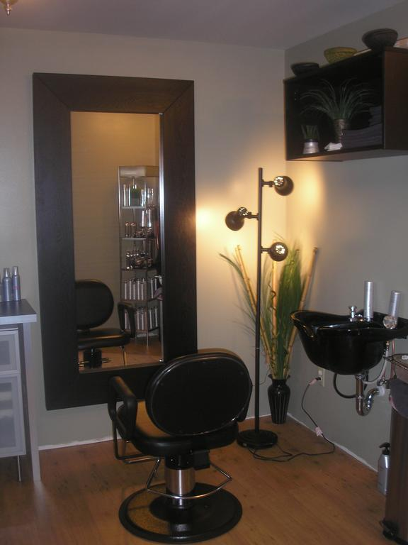 Pictures for pure focus salon in luck wi 54853 aromatherapy - Focos salon ...