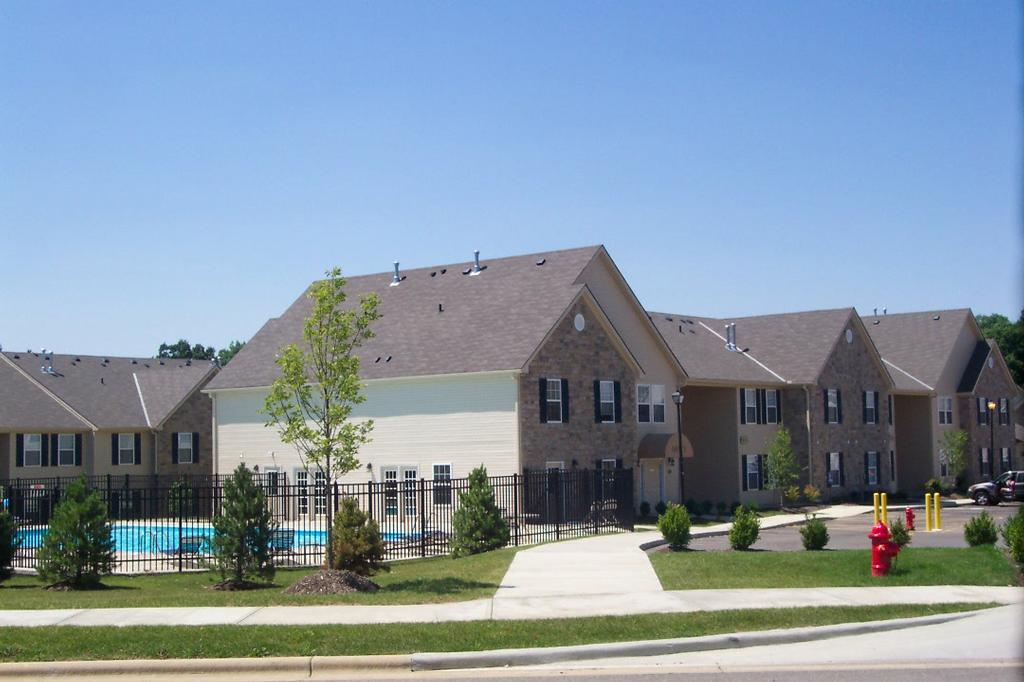 Leafy Dell Apartments In Johnstown Ohio