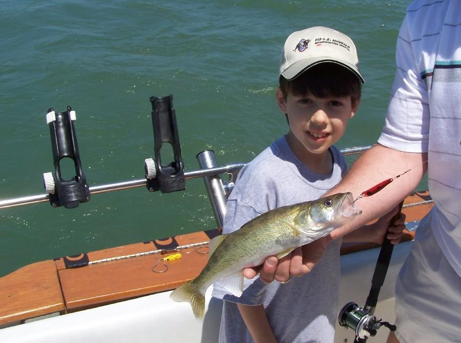 Photos from businesses in luna pier mi for Lake erie pier fishing