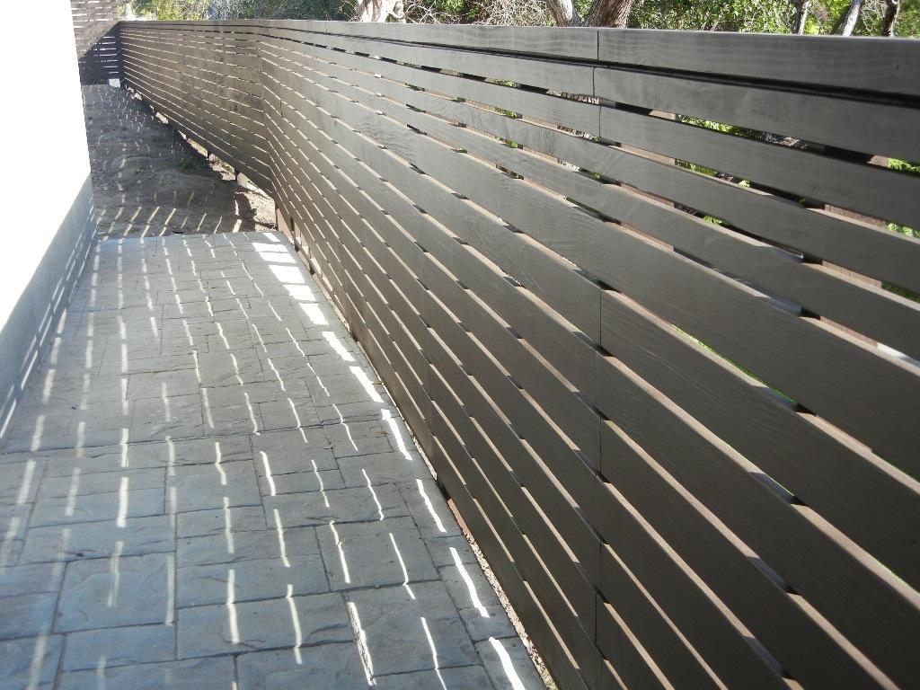 Modern Wood Fence Encino Ca From Harwell Fencing Amp Gates