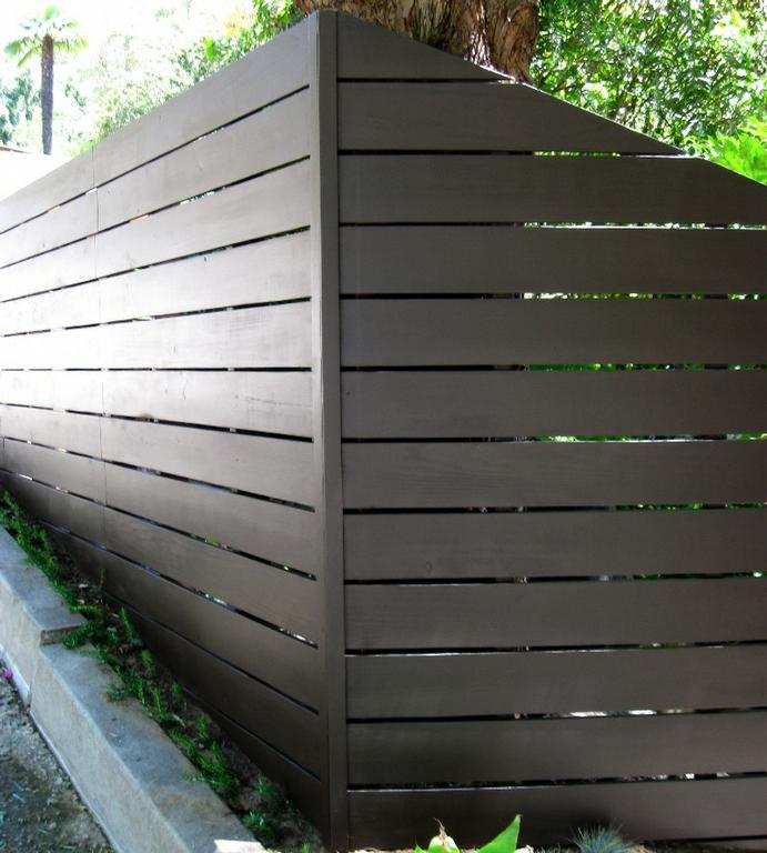 Modern Horizontal Fence 2 From Harwell Fencing Amp Gates Inc