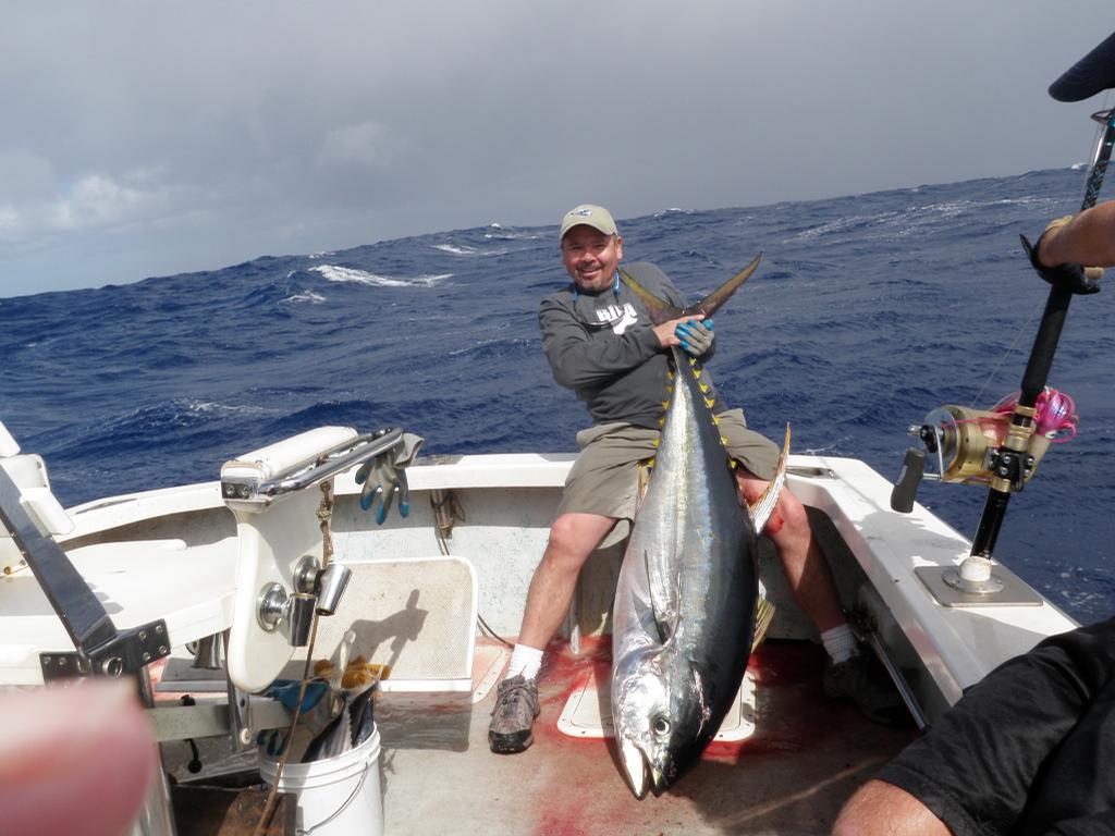 Deep sea fishing kauai kapaa hi 96746 808 634 8589 for Fishing in kauai