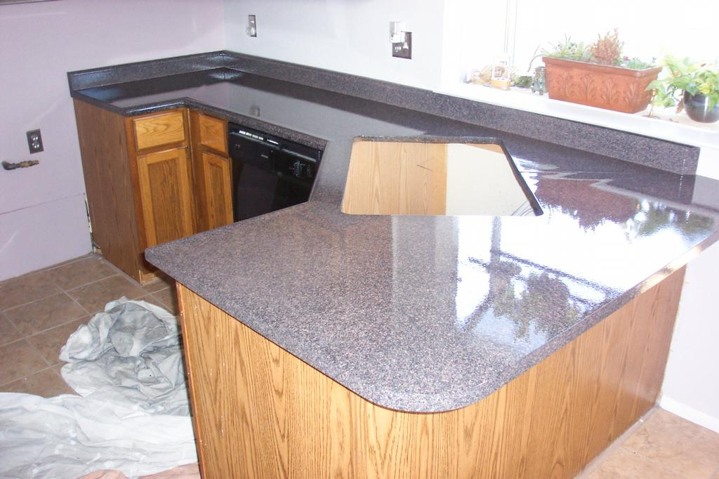 Refinish Countertop Paint Lowes : http://gareo1.hubpages.com/hub/granite-paint-for-laminate-countertops