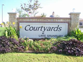 Courtyards At Lake Granbury - Granbury, TX