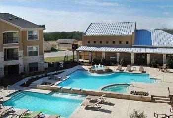 Dry creek ranch apartments roanoke tx 76262 877 219 8349 for Apartments near texas motor speedway