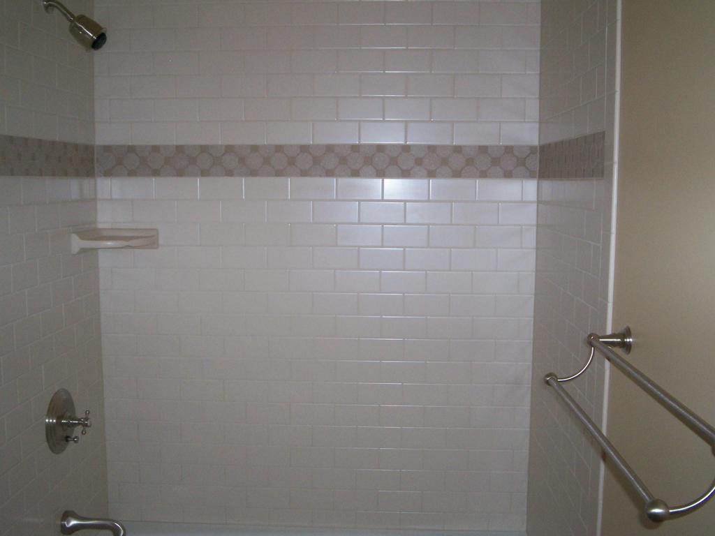 Subway tile shower car interior design for Subway tiles for bathroom shower