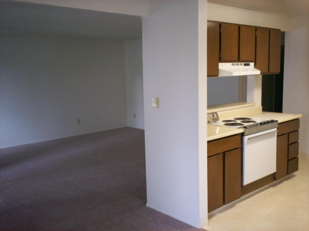 Ep7 From Eagle Pointe Apartments In Boise Id 83706