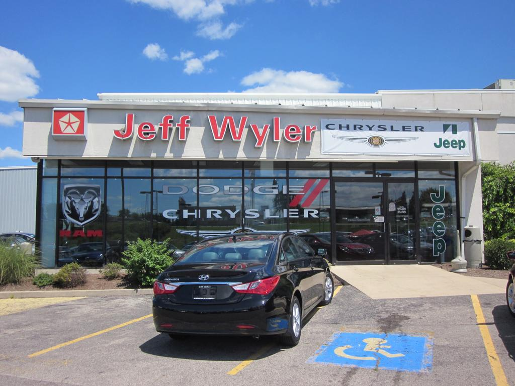 chrysler jeep dodge ram from jeff wyler springfield auto mall in springfield oh. Black Bedroom Furniture Sets. Home Design Ideas