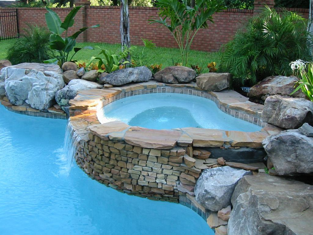 Blue diamond pools inc saint cloud fl 34771 407 891 1366 for Pool design inc