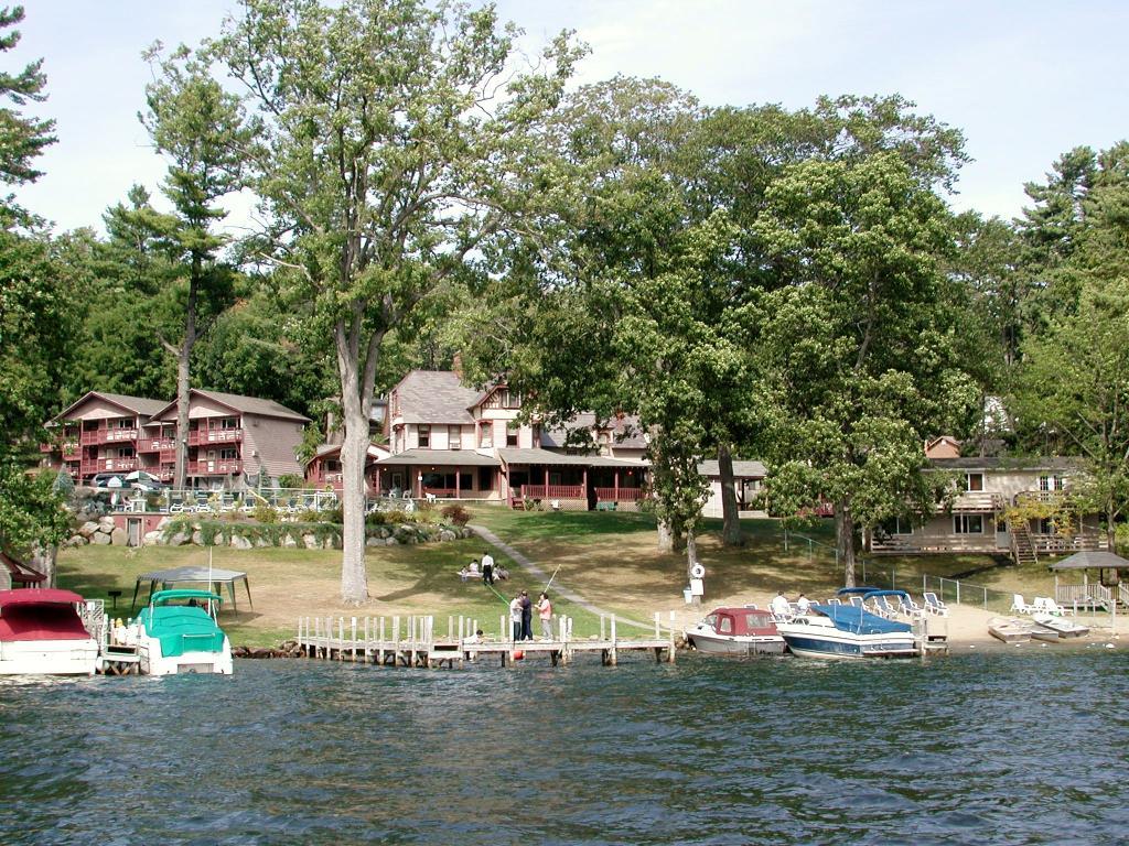 Motels Near Lake George