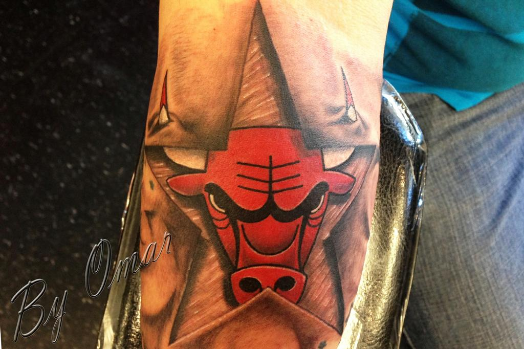 Bulls with star by chicago ink tattoo and body piercing for Chicago tattoo piercing co