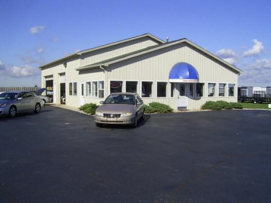 Pictures for Carmart Auto Sales in Schoolcraft, MI 49087