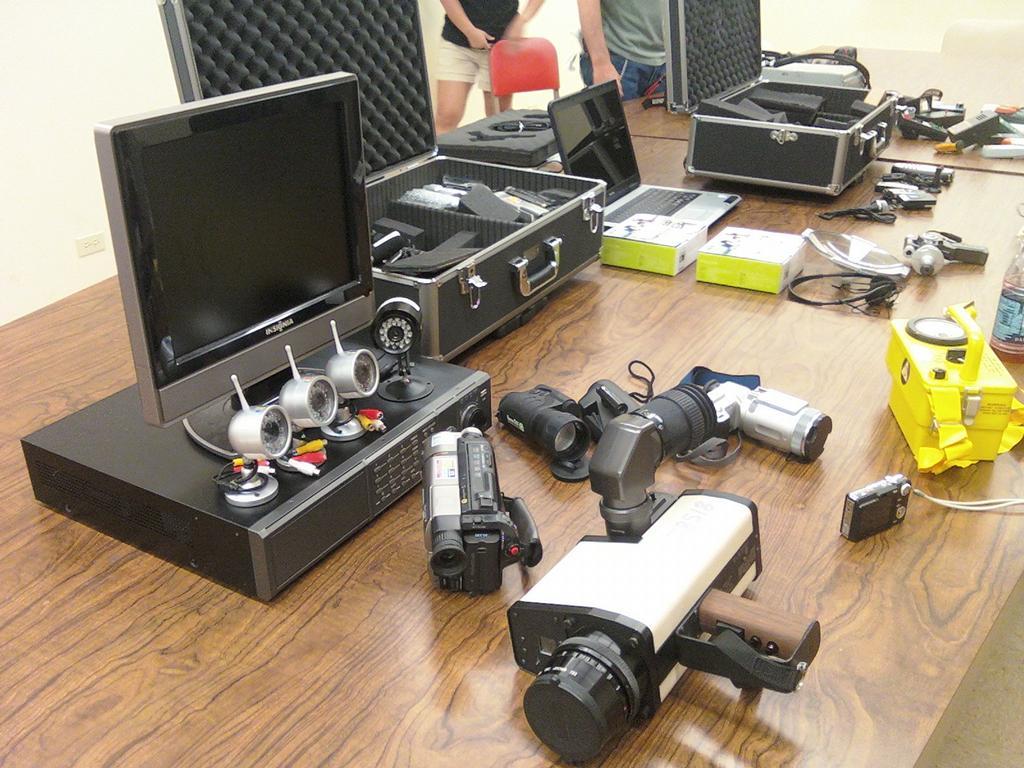 Equipment from Hawaiian Island Ghost Hunters/Hawaiian Island