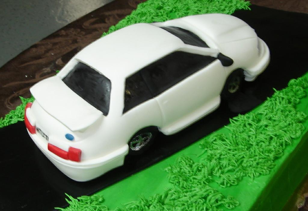 Yokohama Tires Cake Birthday