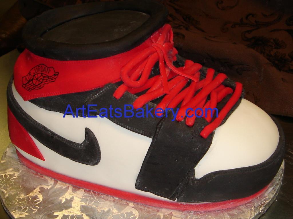 Cake Design Jordan : 3D Nike Air Jordan red, white and black fondant custom ...