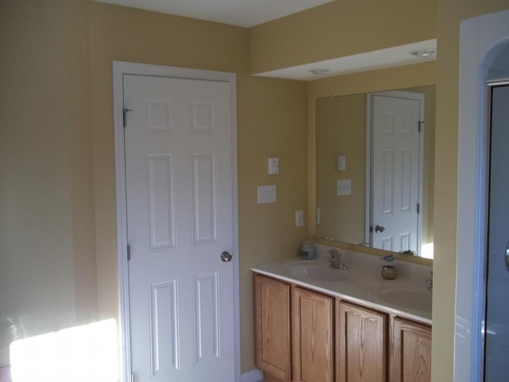Bathroom painting contractor, Coxsackie,NY from Kellogg's Painting ...