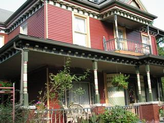 Grand Avenue Bed and Breakfast - Carthage, MO