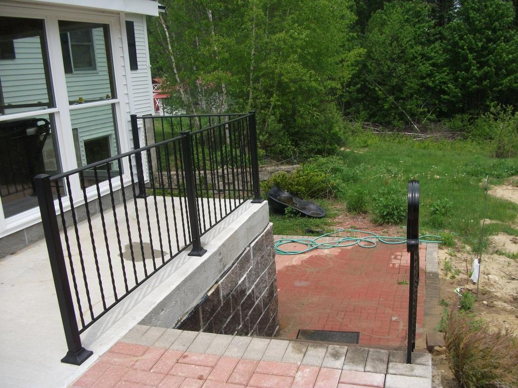 1000 images about patio living on pinterest for Concrete patio railing