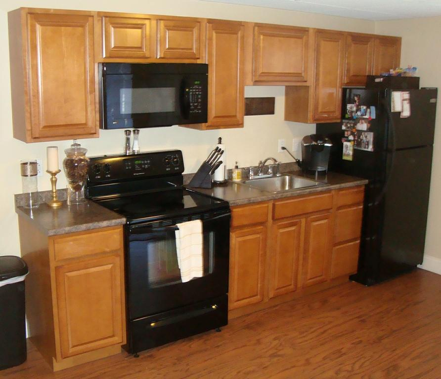 Contractors Choice Clarkson Autumn Cabinets Bronzed Fusion Laminate ...