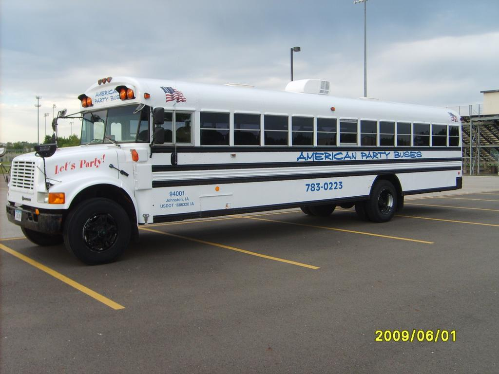 Party Buses In Des Moines Iowa Phoenix Zoo Lights