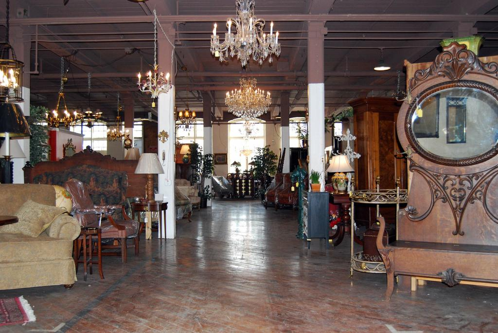 5 Best Antique Furniture Stores in Louisville KY