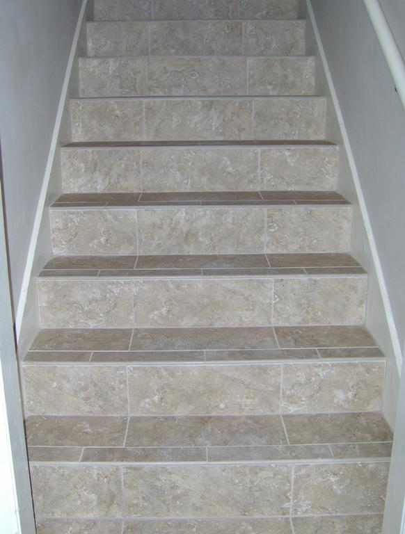 Padgetts tile wood richmond hill ga 31324 912 459 8453 - Stairs with tile and wood ...