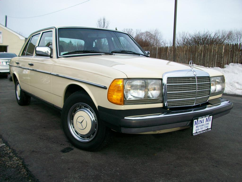 1980 mercedes benz 240d from mini me motors in mount holly for Mercedes benz 240 d