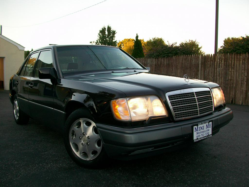 1995 mercedes benz e320 from mini me motors in mount holly for Motor vehicle in mt holly nj