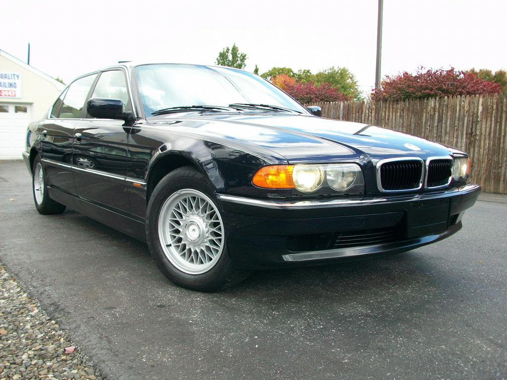 2000 BMW 740 Li http://www.merchantcircle.com/business/Mini.Me.Motors.609-702-7200/picture/view/2777369