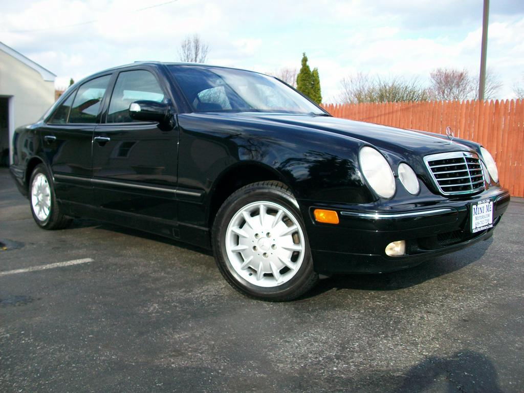 2000 mercedes benz e320 4matic from mini me motors in for Motor vehicle in mt holly nj