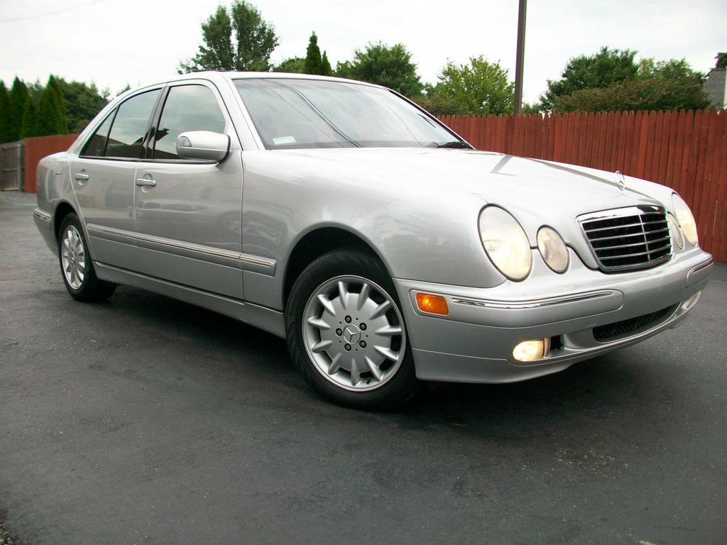 2002 mercedes benz e320 4matic from mini me motors in for Motor vehicle in mt holly nj