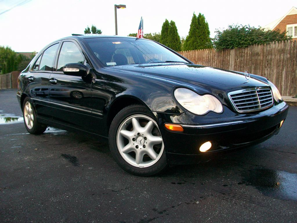 2004 mercedes benz c240 4matic sedan from mini me motors in mount holly nj 08060. Black Bedroom Furniture Sets. Home Design Ideas