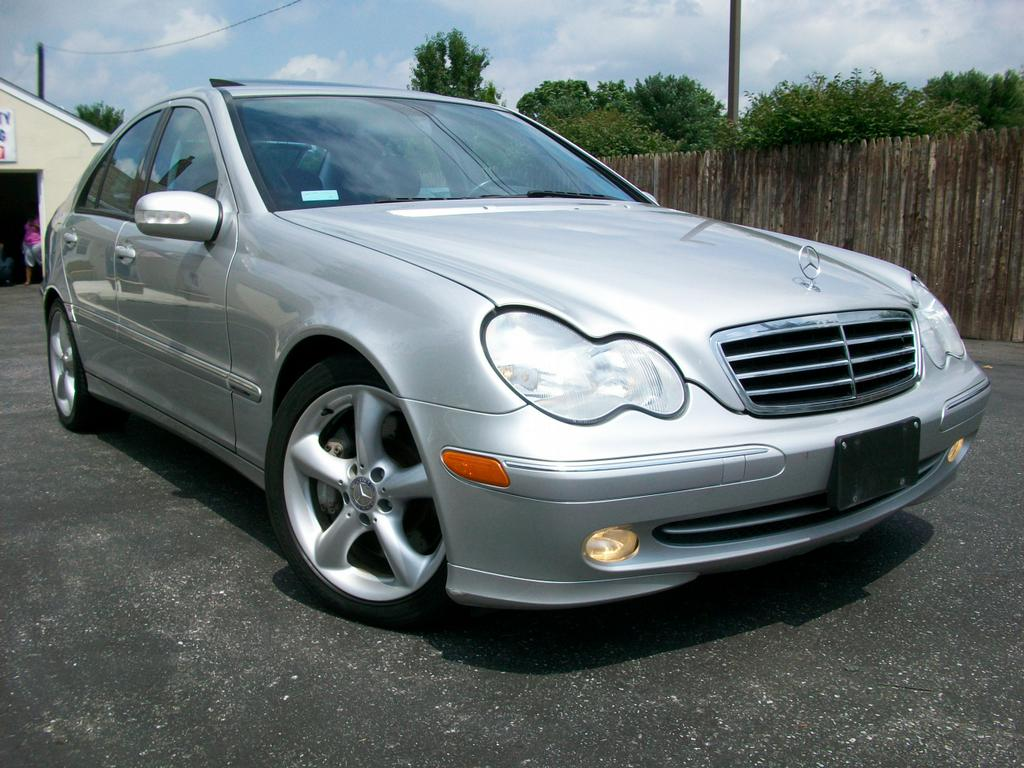 2004 mercedes benz c230 kompressor sport from mini me for Motor vehicle in mt holly nj