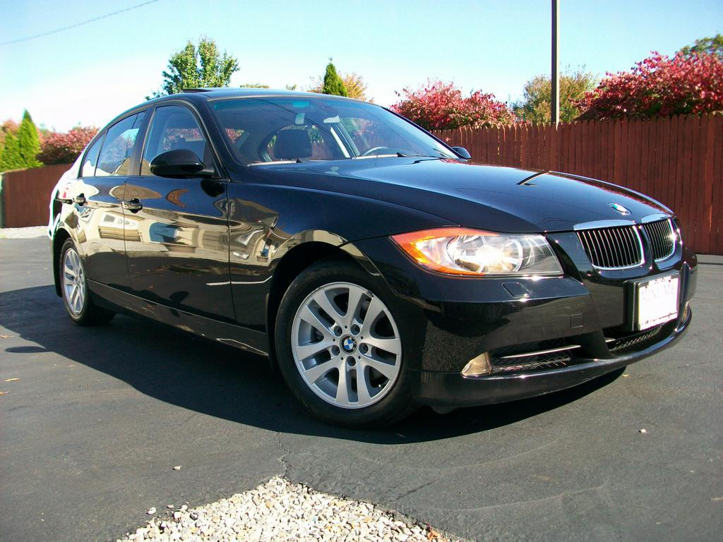 2006 bmw 325xi sedan from mini me motors in mount holly for Motor vehicle in mt holly nj