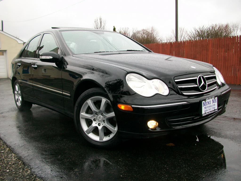 2007 mercedes benz c280 sedan from mini me motors in mount for Mercedes benz 2007 c280