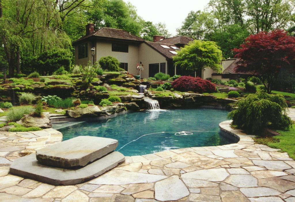 Hickory hollow nursery and garden center tuxedo park ny for Garden rock pool