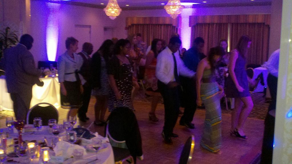 Wedding Reception Venues In Waldorf Md : Barnes wedding reception from dj gino wilson in