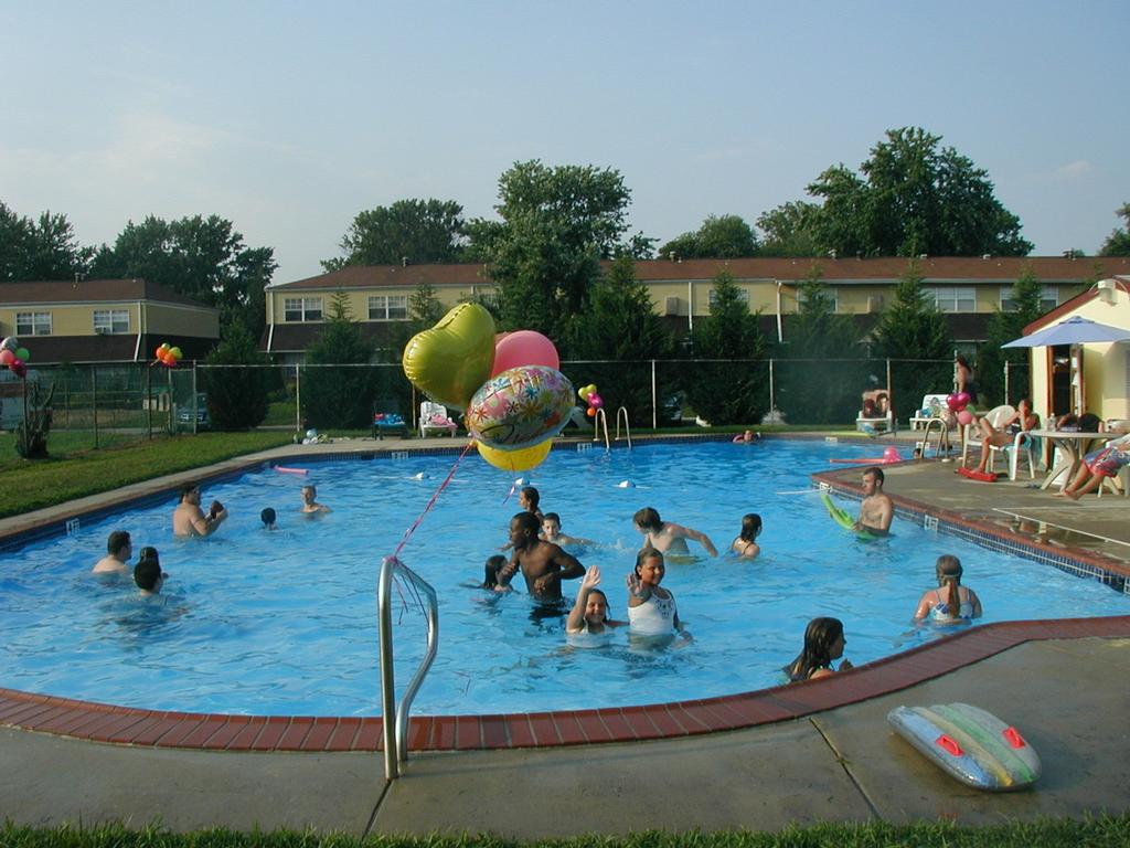 Pool Party 2008 011 From Kingsrow Apartments In Clementon
