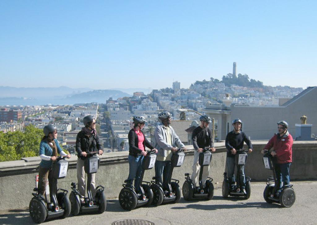Bike San Francisco To Sausalito Segway tour crooked street