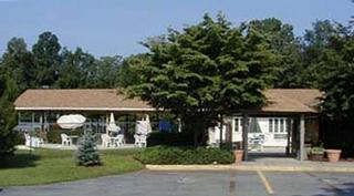 Darnestown Swim & Racquet Club - Germantown, MD