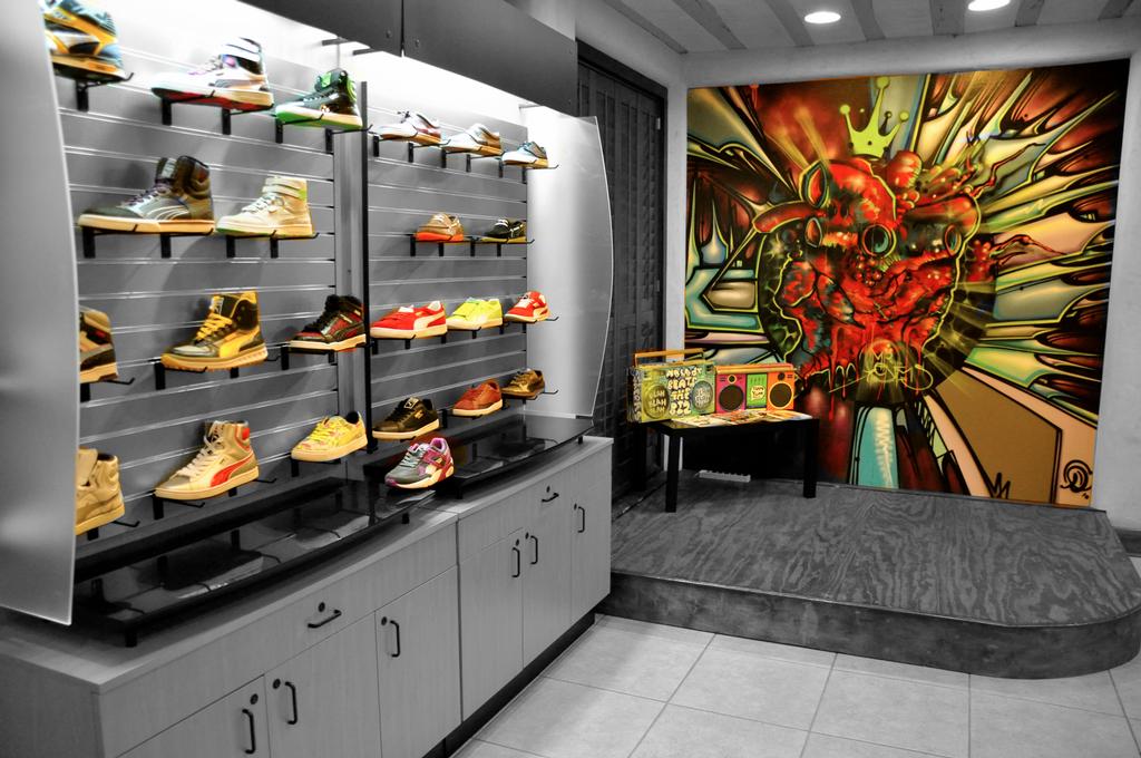 Sole Boutique Sneaker Shop - 12 Photos & 14 Reviews - Shoe Stores ...