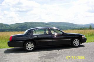 Abbott's Limousine & Livery Service Inc - Lee, MA