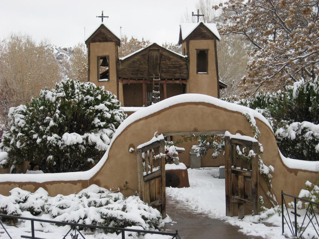 Pictures for Medina's (Lowlow's) CHIMAYO ART Place in ...