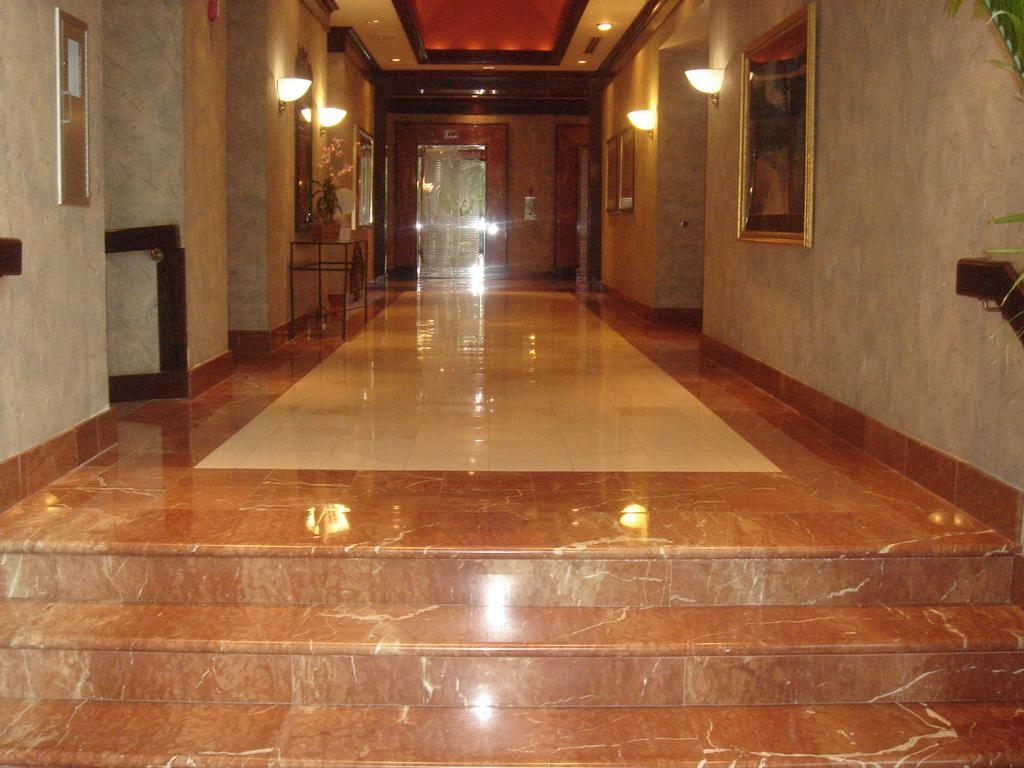 Advantages and disadvantages of marble floor home design for Home and floor